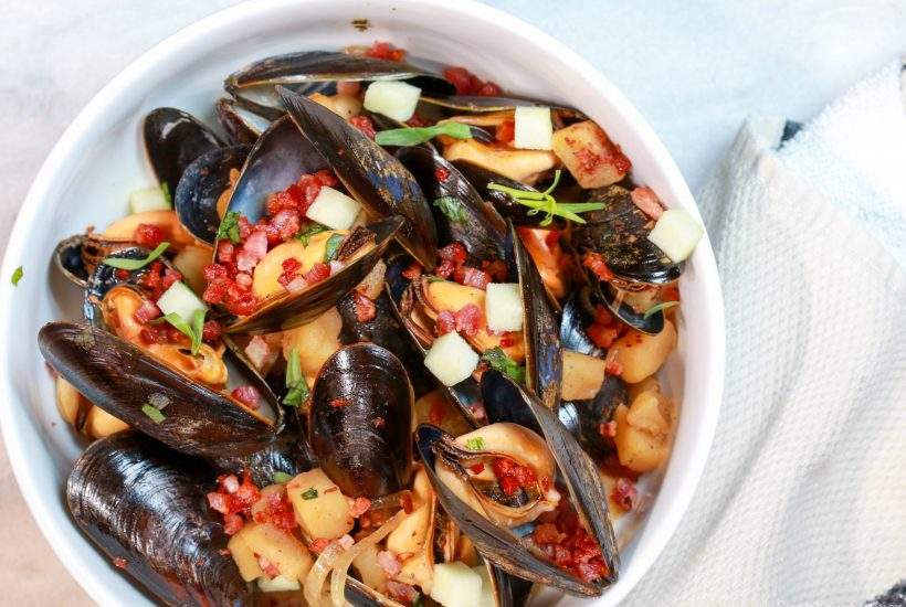 Blueshell Mussels with apple, pancetta and tarragon in a hard cider broth